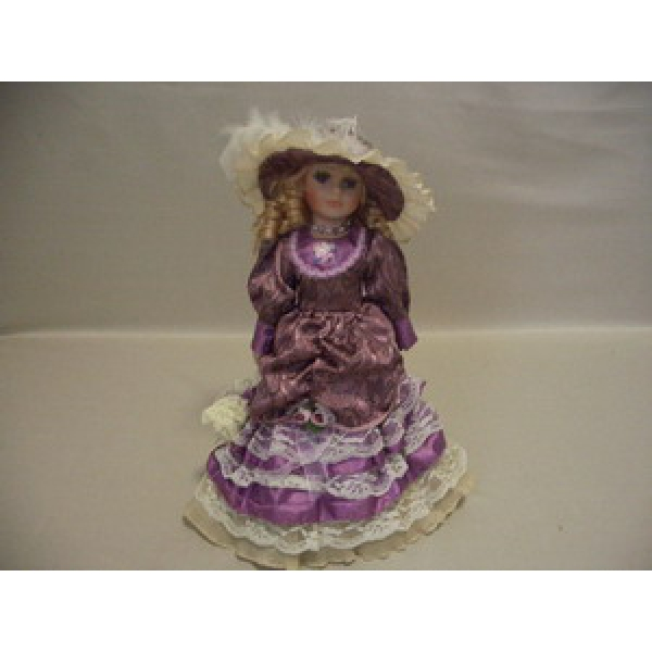 Фарфоровая кукла Mia