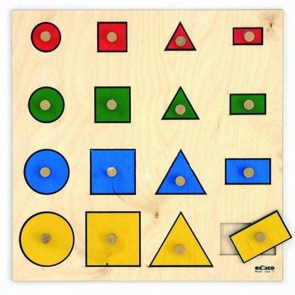 Детская развивающая игра Доска-сортер «Геометрические фигуры» арт. 522418