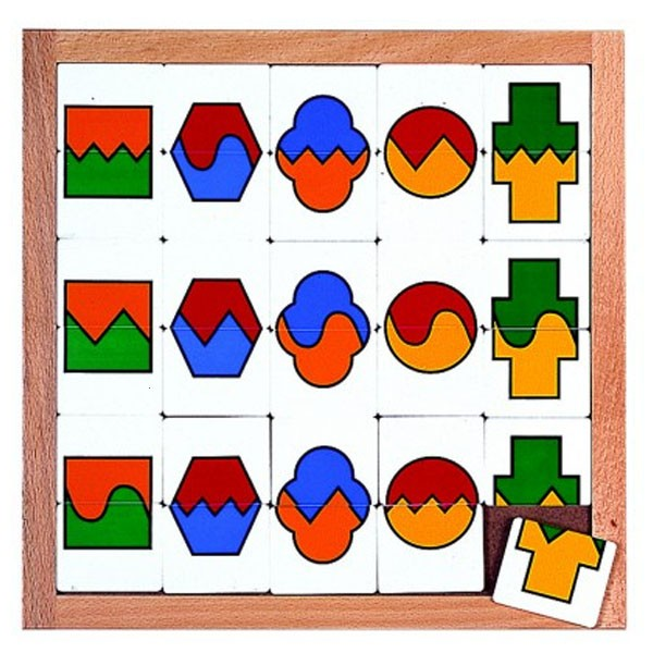 Детская развивающая игра Доска-сортер «Цвета и формы» арт. 522417
