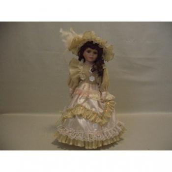 Фарфоровая кукла Caroline