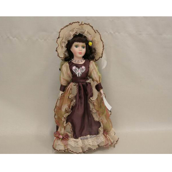 Фарфоровая кукла Savannah