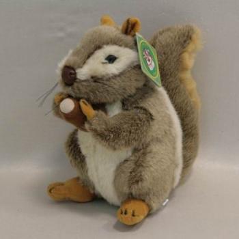 Мягкая игрушка Белка с орехом